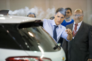 Prime Minister Announces Support To Strengthen Canada Automotive Sector Canadian Automotive Industry News